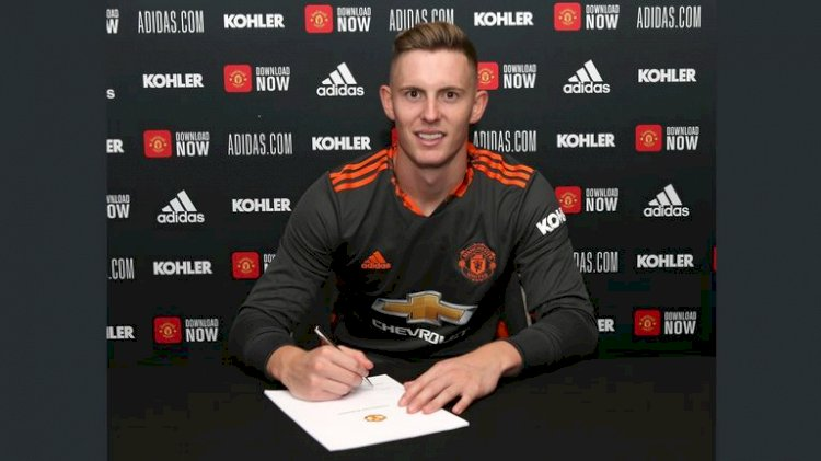 Dean Henderson: Manchester United goalkeeper signs long-term contract